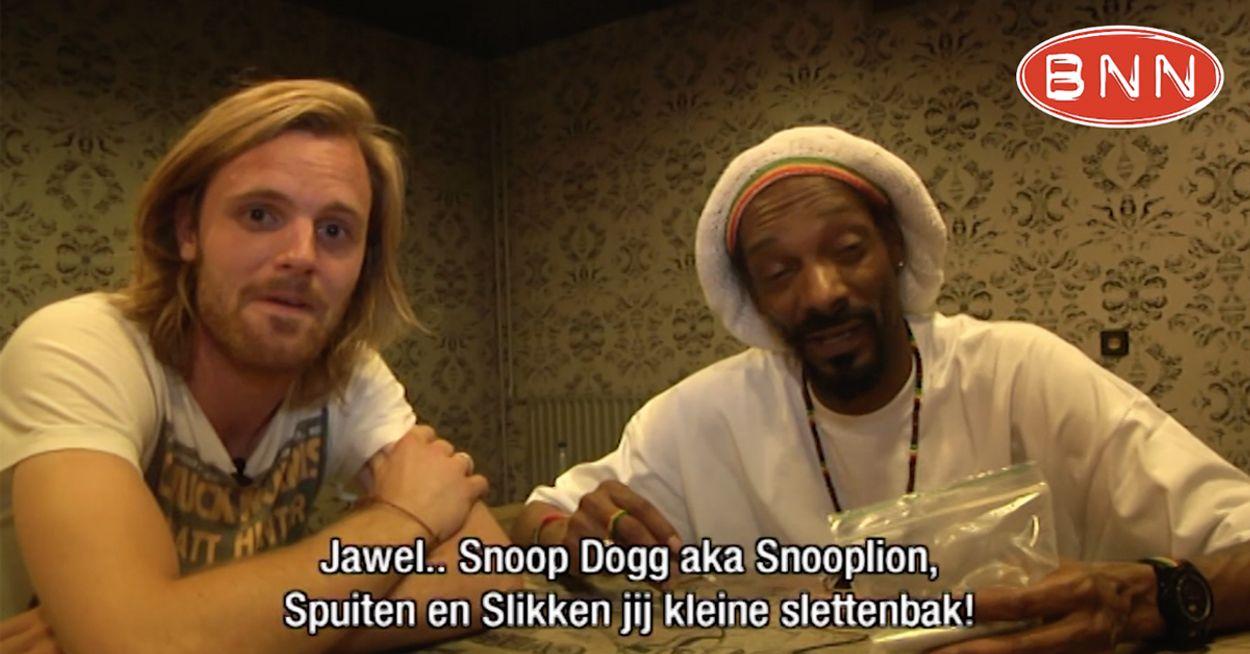 Afbeelding van Tim Hofman blowt met Snoop Dogg